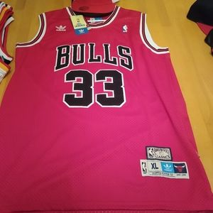 Scottie pippen jersey with hat